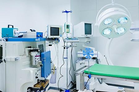Tierarztpraxis Besserer: OP für Knochen-Chirurgie